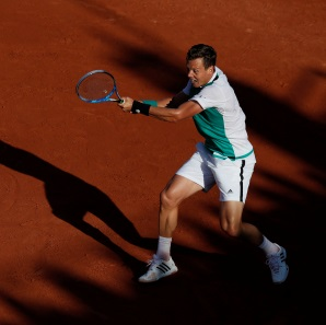 Progress for Berdych in Stuttgart